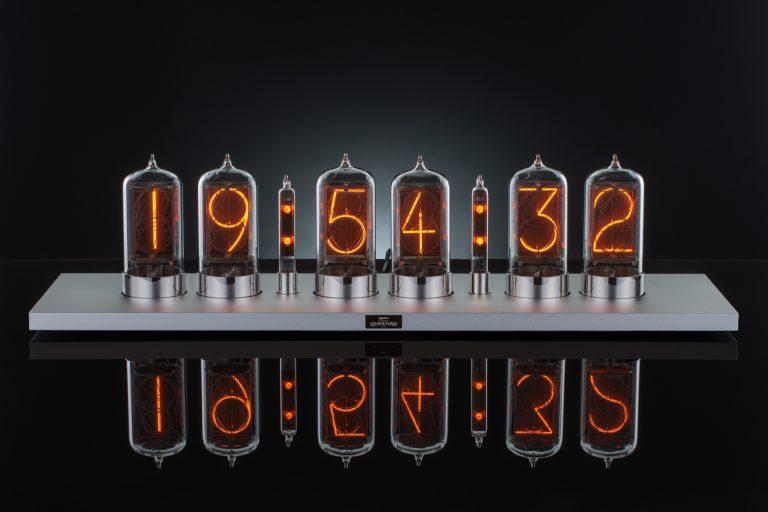 Puri Nixie Clock - silver